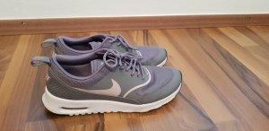 Nike Slip-on Sneakers grey