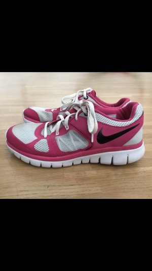 Nike Lace-Up Sneaker pink-white