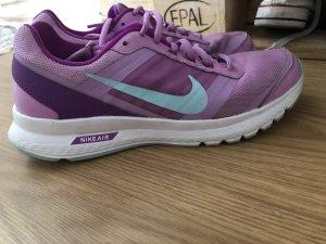 Nike Schuhe !!