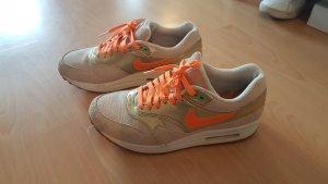 Nike Schuhe Air Max 1 Gr. 40.5