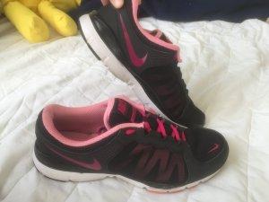 Nike Schuhe Damen 41