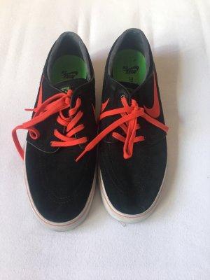 Nike Schuhe Gr.44