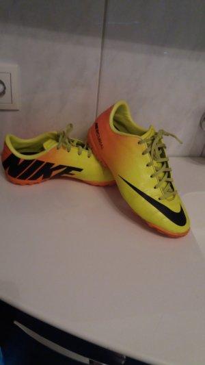 Nike Schuhe in gr. 38