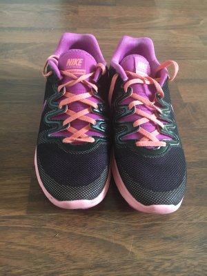 Nike Schuhe kaum gebraucht gr 38,5