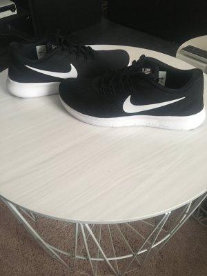 Nike Schuhe Neu Größe 38
