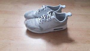 Nike Schuhe Sneaker Gr 41