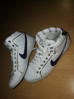 Nike Schuhe Sneakers