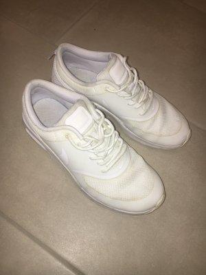 Nike Schuhe weiss