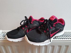 Nike schwarz pink 36,5