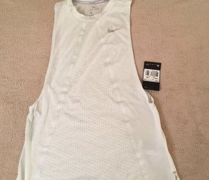 Nike Muscle Shirt pale yellow