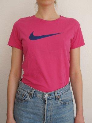 nike shirt in hot pink