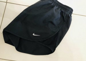 Nike Short for running women