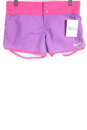 Nike Short lilas-magenta Mélange de motifs style athlétique