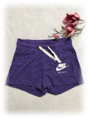 Nike Shorts, tight, Hotpants, just do it, lila meliert