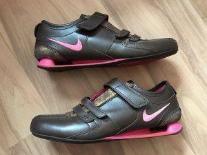 Nike Zapatillas con velcro magenta-rojo amarronado