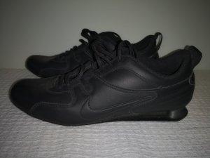 Nike Shox Sneaker Gr.36.5 schwarz
