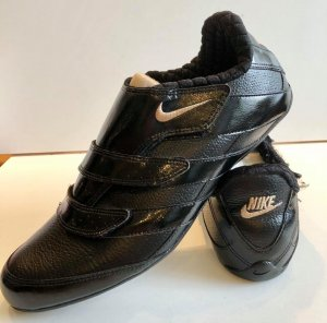 Nike Velcro Sneakers black leather