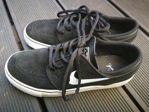 Nike Sneakers met veters wit-zwart Suede