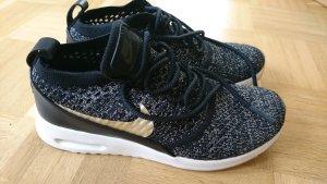 Nike, Sneaker