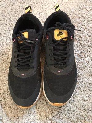 Nike Sneaker nero-arancione chiaro