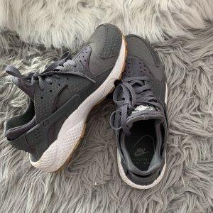 Nike Sneaker alta antracite