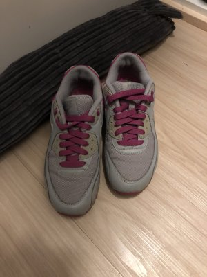 Nike Sneaker Gr. 36,5