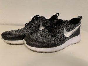 Nike Lace Shoes black-white