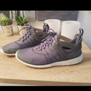 #Nike Sneaker grau #