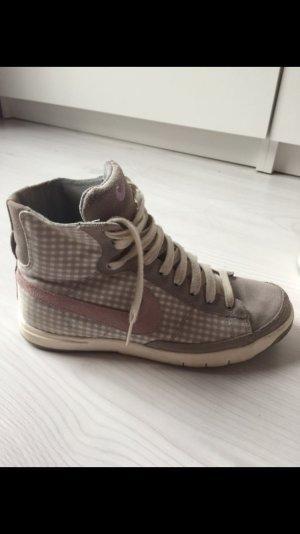 Nike Sneaker grau / rosa / weiß Karo Gr. 36