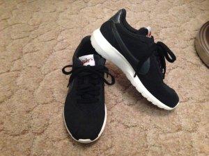 Nike Sneaker Größe 3 / 36