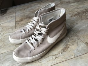 Nike Sneaker high grau 39