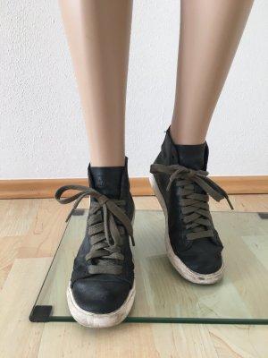 Nike Sneaker high top ankle Boots Turnschuhe echtleder Leder echt schwarz oliv cool lässig