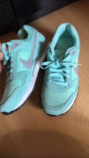 Nike Sneaker in mint, grün, Türkis 38