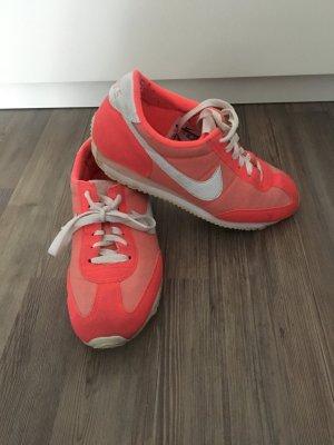 Nike Sneaker in pink in Größe 38