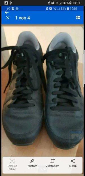 nike sneaker mid runner schwarz edel