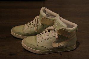 Nike Sneaker Mint Grün