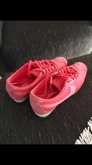 Nike Sneaker Neon-Farben