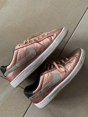 Nike Sneaker Roségold 41
