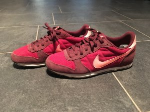 Nike Sneaker rot orange