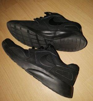 Nike Sneaker schwarz Gr. 40