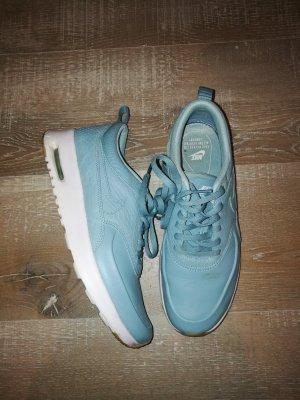 Nike Sneaker Thea Babyblau