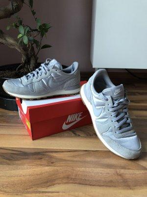 Nike Sneaker, top Zustand