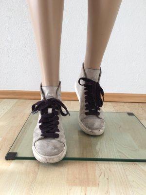Nike Sneaker Turnschuhe Ankle Boots hellgrau echt Leder weiß cool lässig
