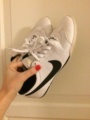 Nike Sneaker Weiß Größe 38,5