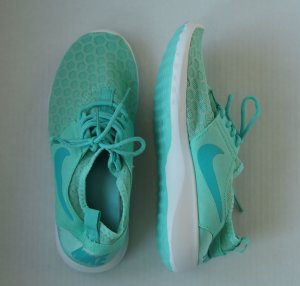 Nike Lace-Up Sneaker mint synthetic material