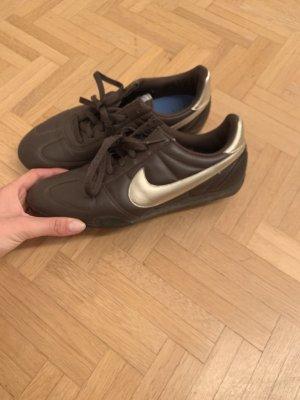 Nike Sneaker stringata marrone-oro