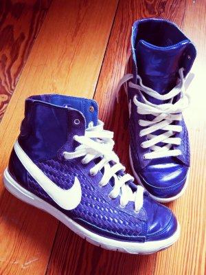 Nike Sneakers dunkellila metallic