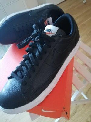 Nike Zapatillas blanco-negro Cuero