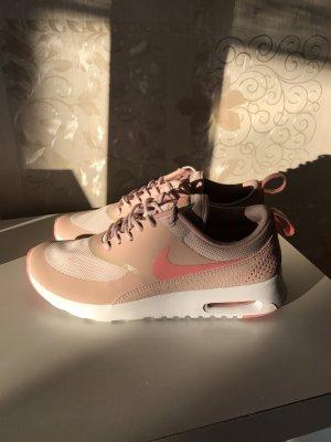 Nike Sneakers Mega süß Bonbonfarben NEU