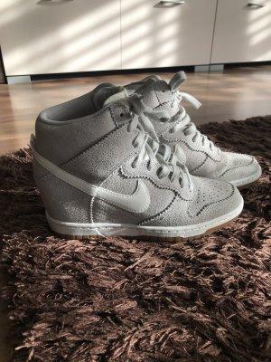 Nike Sneakers mit Keil - Gr 38
